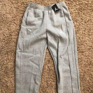 NWT Men's Jordan sweats Size L